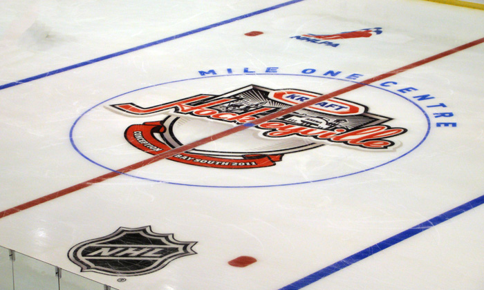 KRAFT Hockeyville Centre Ice 2011